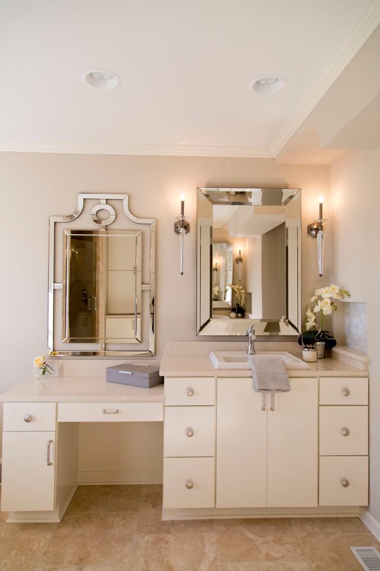 Zaiss Design Master Bathroom with Decorative Mirrors