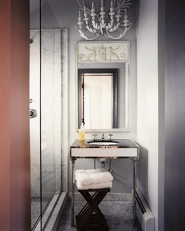 luxury-touches-in-a-modern-vintage-bathroom