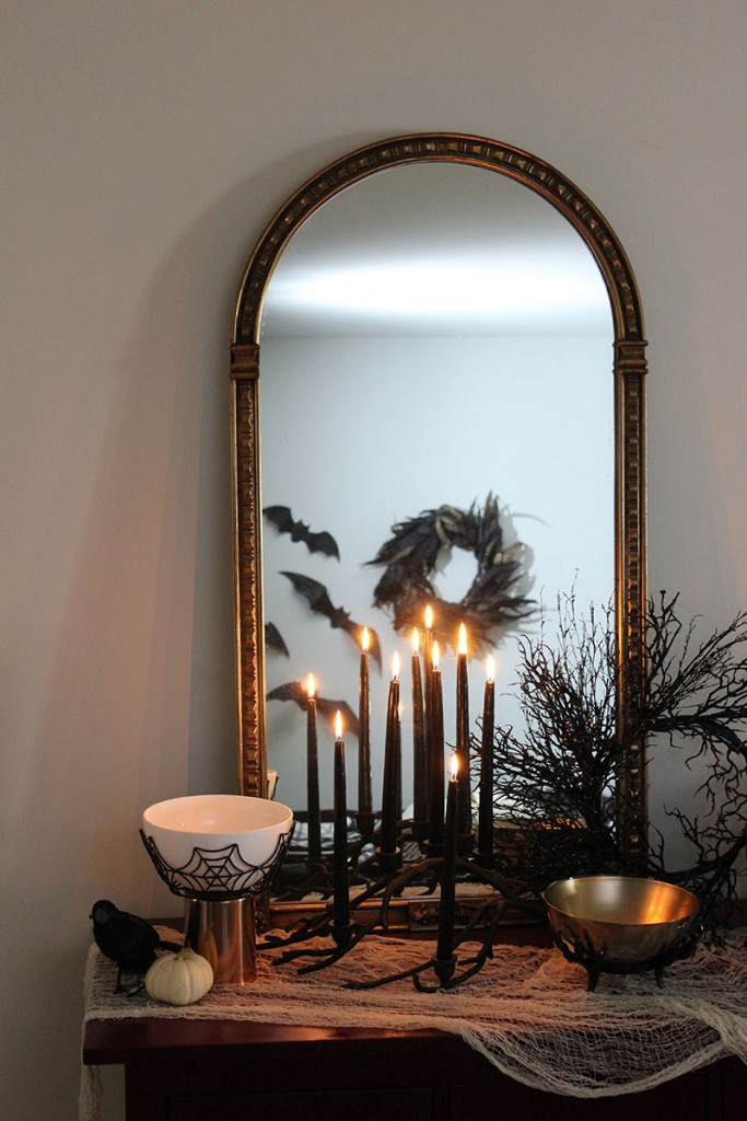 stylish-halloween-decoration-vignette