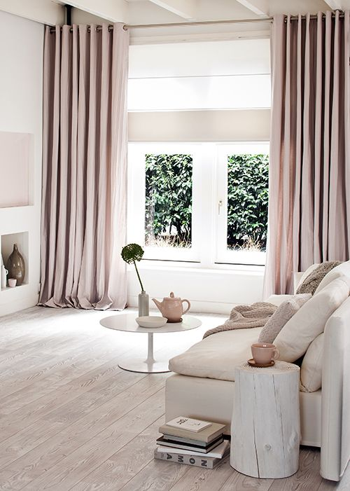 blush_living_room