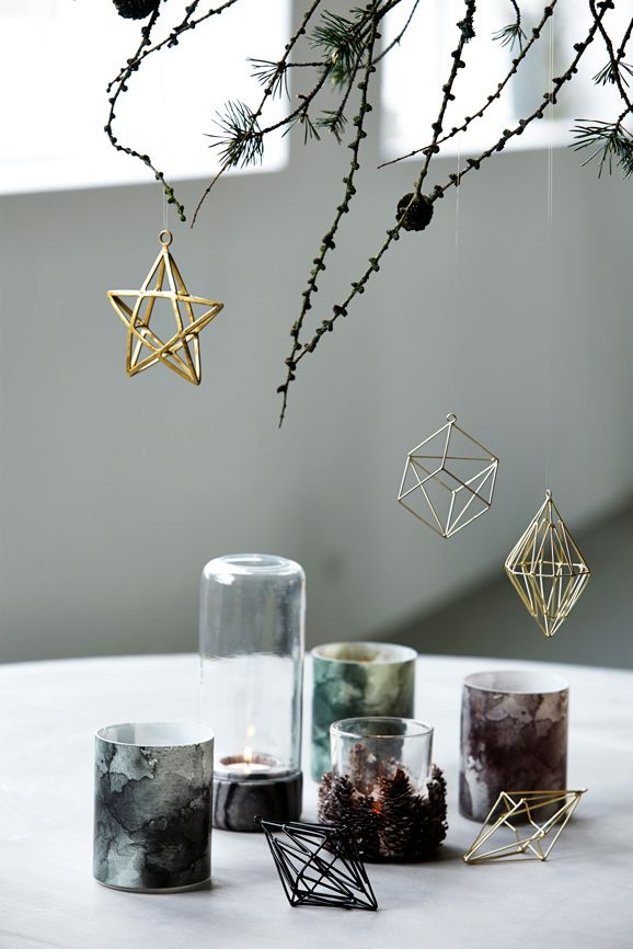 geometric-ornaments-christmas-decor-trends