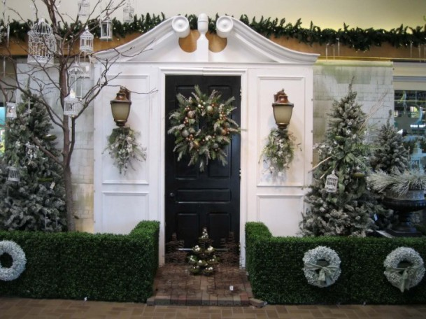 outdoor_christmas_decorations_19-740x555