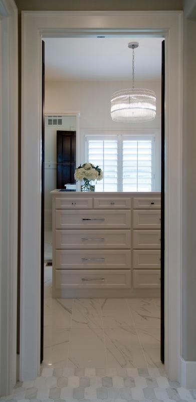 cecilray16109carn_141-mariana-home-422205-modern-classic-glam-pendant-lighting