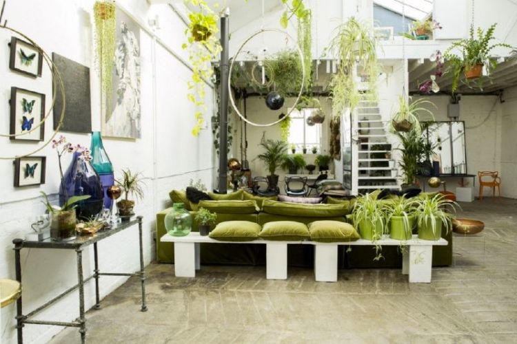 13188622_7-amazing-interiors-inspired-by-pantone-greenery-interior-design