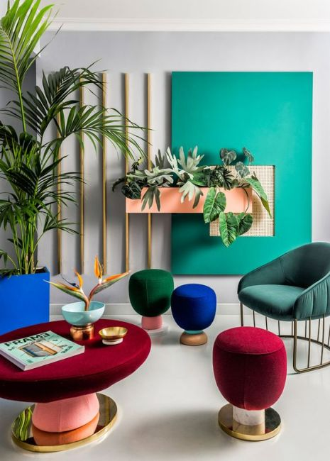 bold-and-colorful-designs-on-neutral-space-interior-design-inspiration