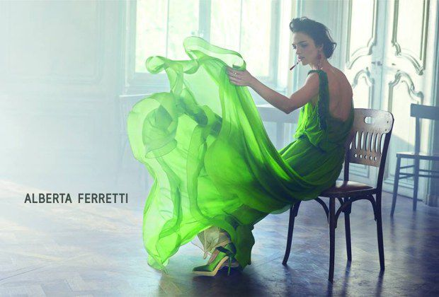 greenery-pantone-color-of-the-year-green-fashion-trend-trending-style-dress-runway