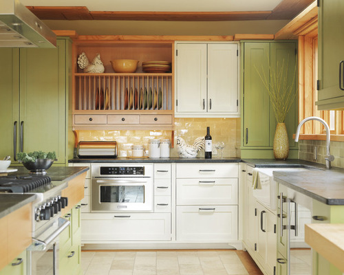 mismatched-cabinets-kitchen-green-white-interior-design-home-decor-greenery-pantone