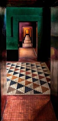 moody-blooms-palette-hallways-pantone-color-of-the-year
