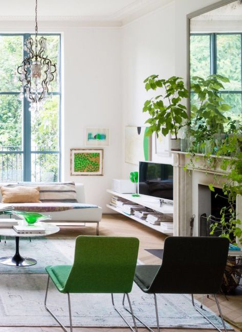 plants-in-the-home-bringing-the-outdoors-in-natural-essence-nature-greenery-chandelier