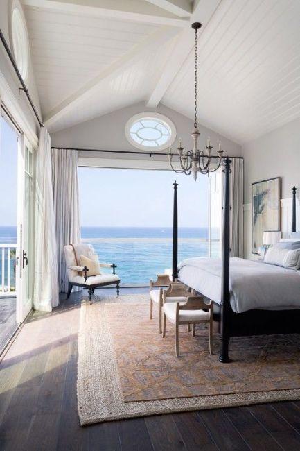 beach-interior-design-bedroom-coastal