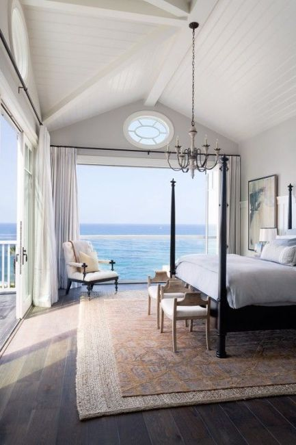 beach-interior-design-bedroom-coastal