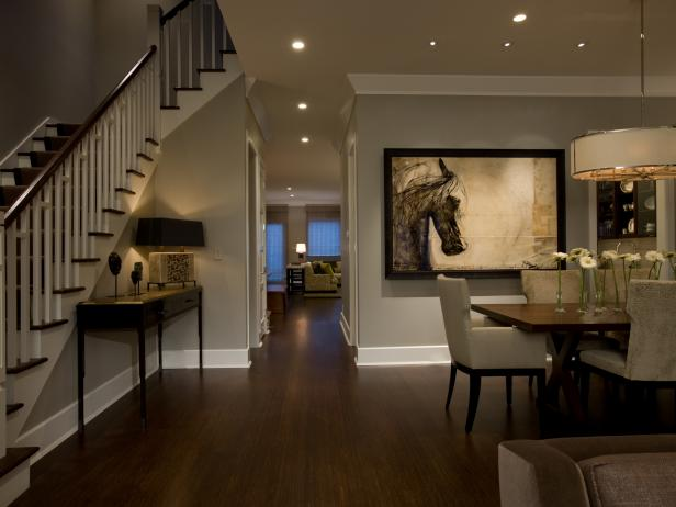 ci-michael-abrams_horse-artwork-dining-area-stairs_h-jpg-rend-hgtvcom-616-462