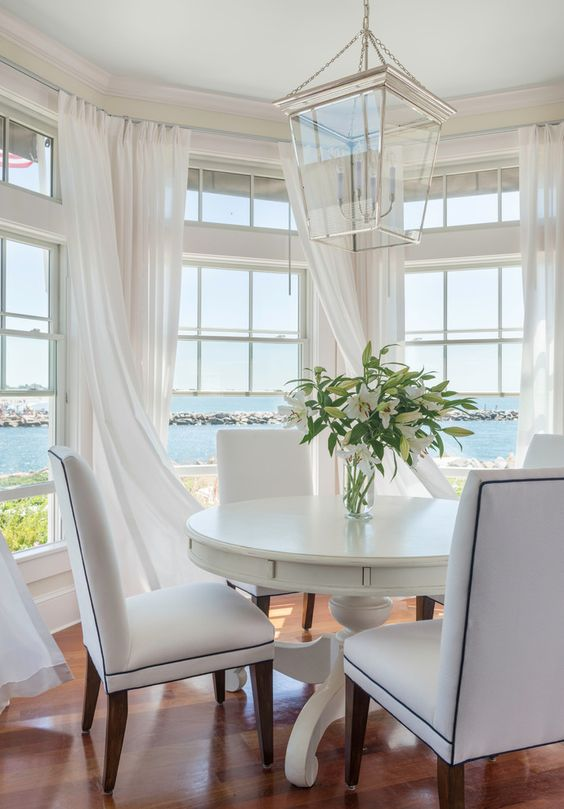 Creating Your Coastal Dining Room