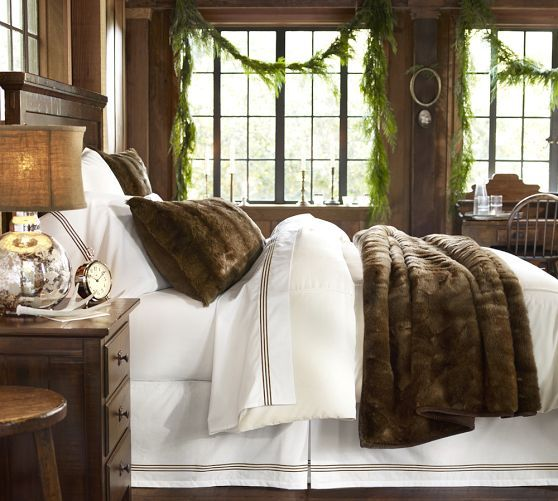 faux-fur-bedroom-interior-design-pillow-blanket-inspiration