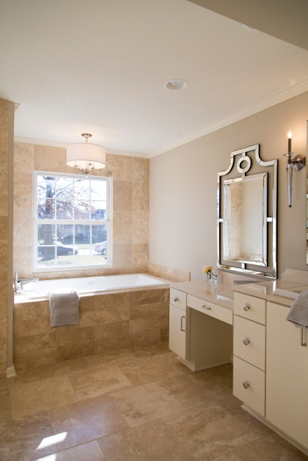 ZaissDesign_064-Mariana Home-framed-decorative-mirror-master-bathroom