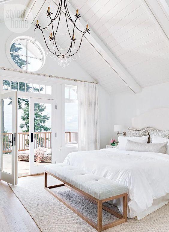 light-interior=design-bedroom-white