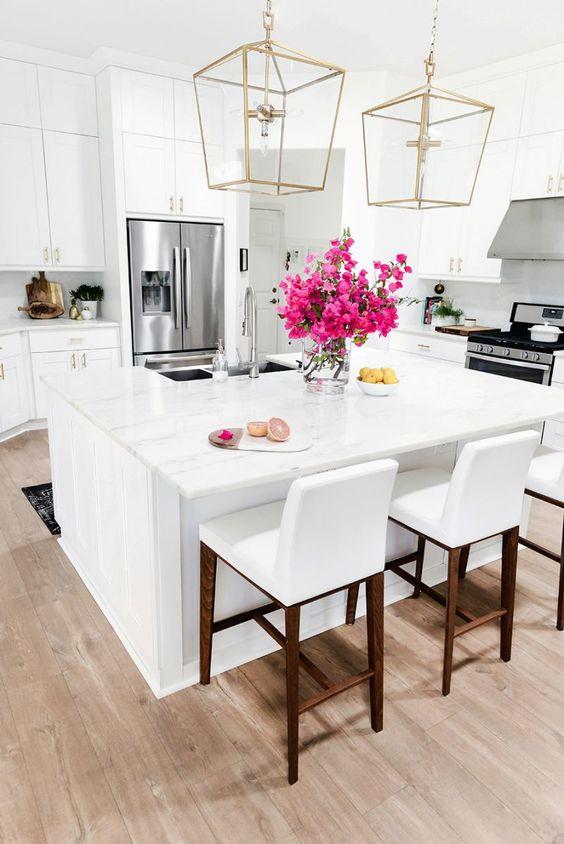 white-kitchen-airy-beautiful