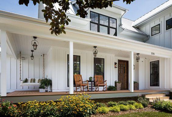 modern-farmhouse-porch